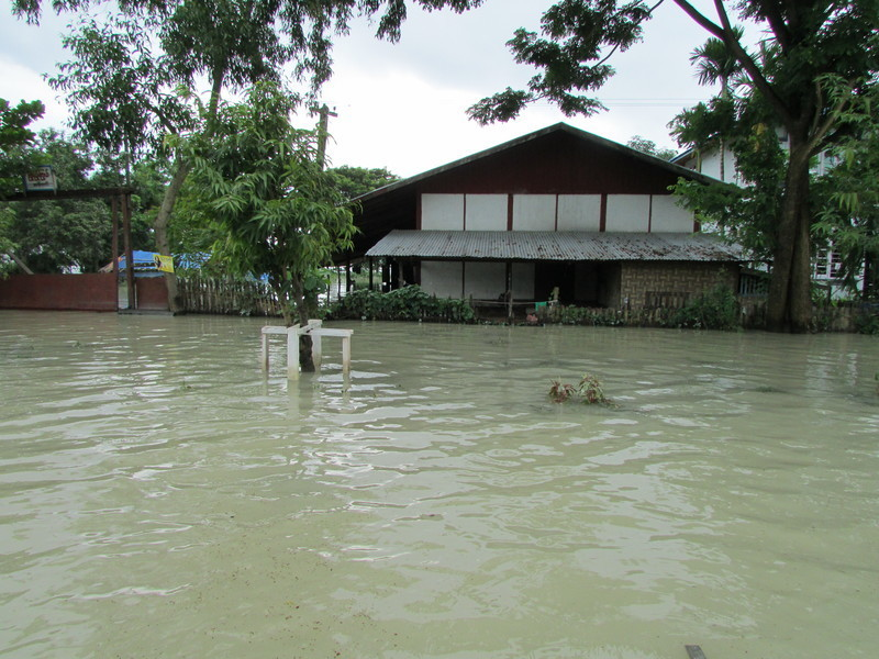 Children rescued from flooding in Kalaymyo
