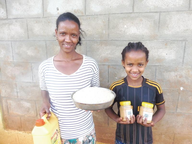 HIV food packs give hope